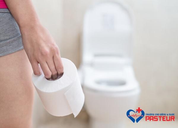 Bà bầu bị tiêu chảy cần làm gì?